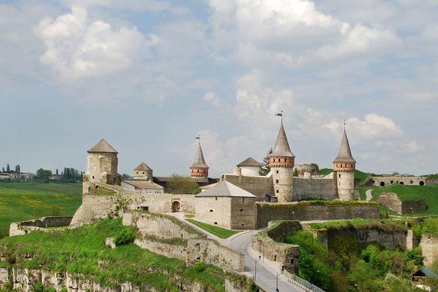 Кам'янець-подільский замок, тури і подорожі в Україні, фото ...